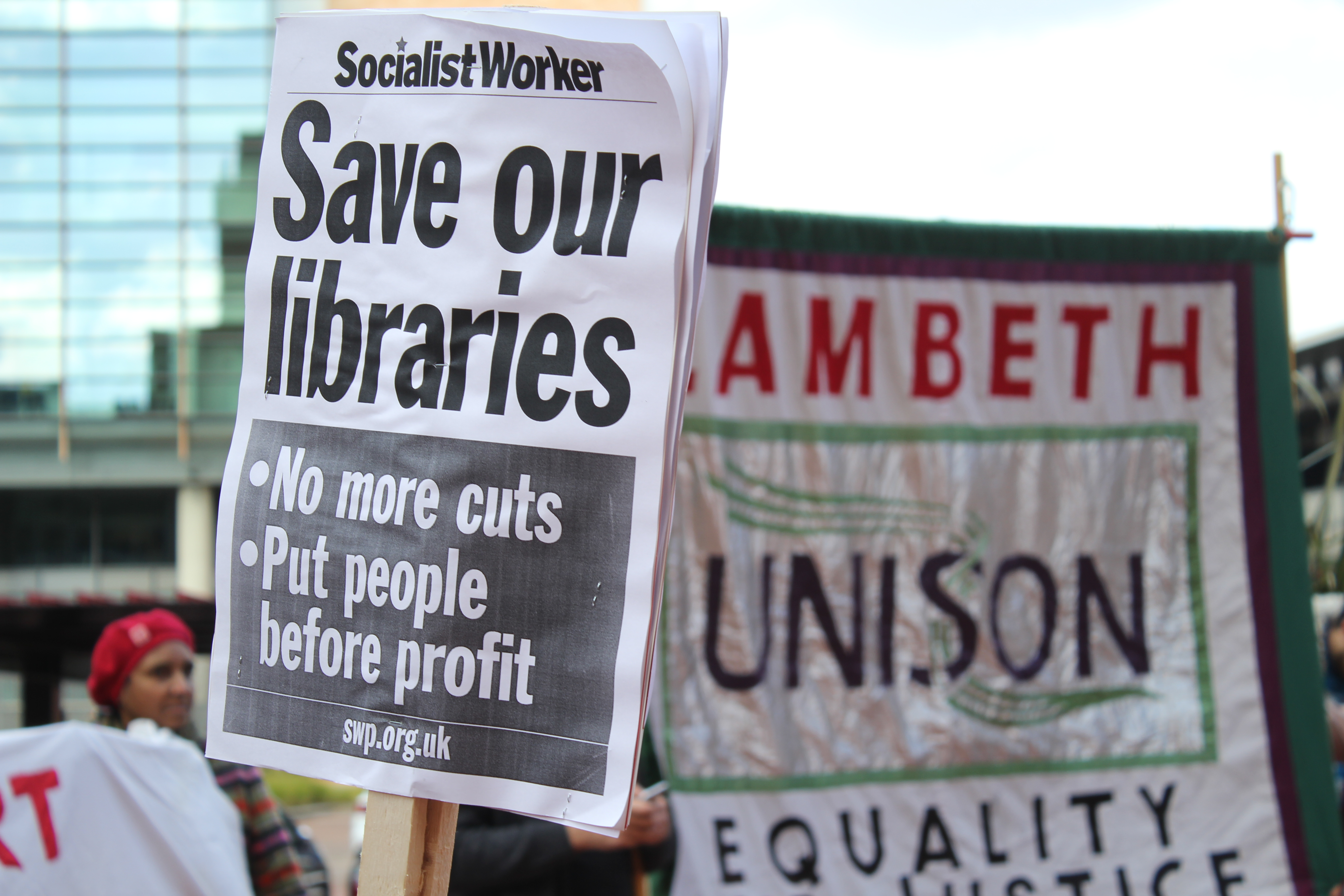 Campaign sign protesting library cuts